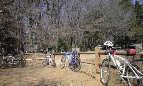 4人の自転車