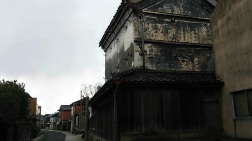 府中誉酒造と旧道.jpg
