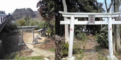 小貝川沿いの水神社と水神宮