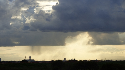 通り雨(越谷市上空)