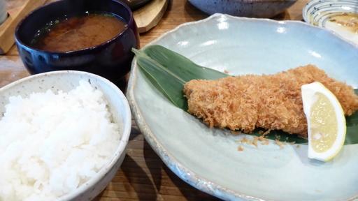 野庵(ロースカツ定食).JPG