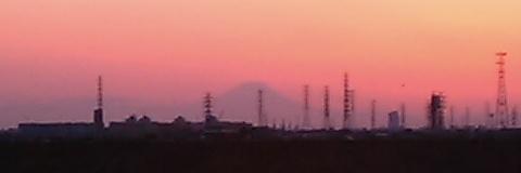 流山IC付近からの富士山01