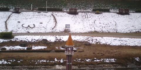 利根運河の雪の顔文字