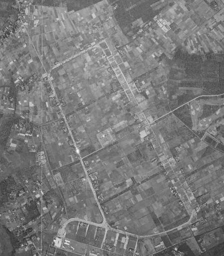 1961(昭36)年「柏飛行場付近」.jpg