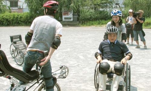 誰だって波瀾爆笑(次世代自転車を考える会)